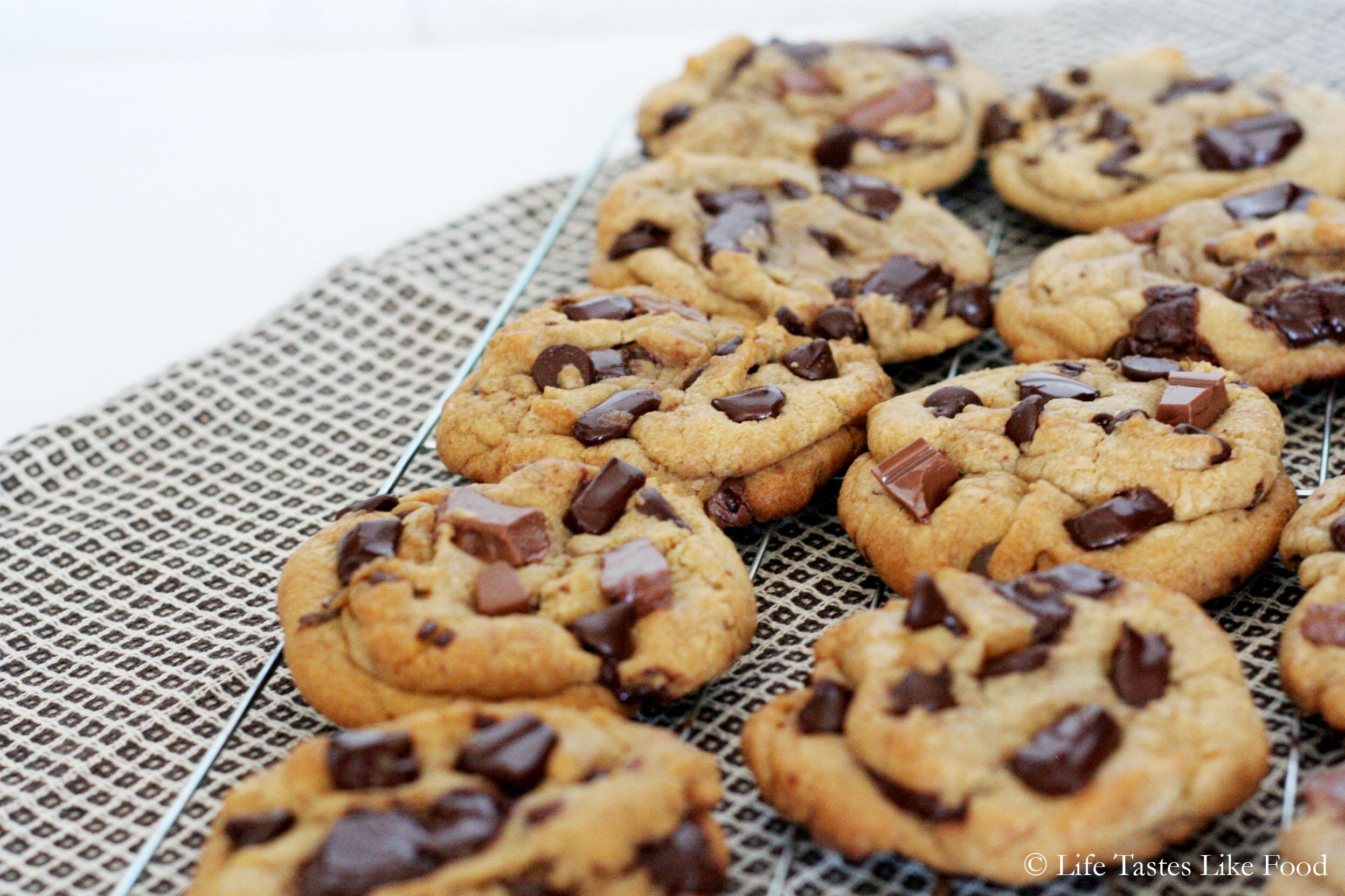 All-American chocolate chunk cookies – angelabenita